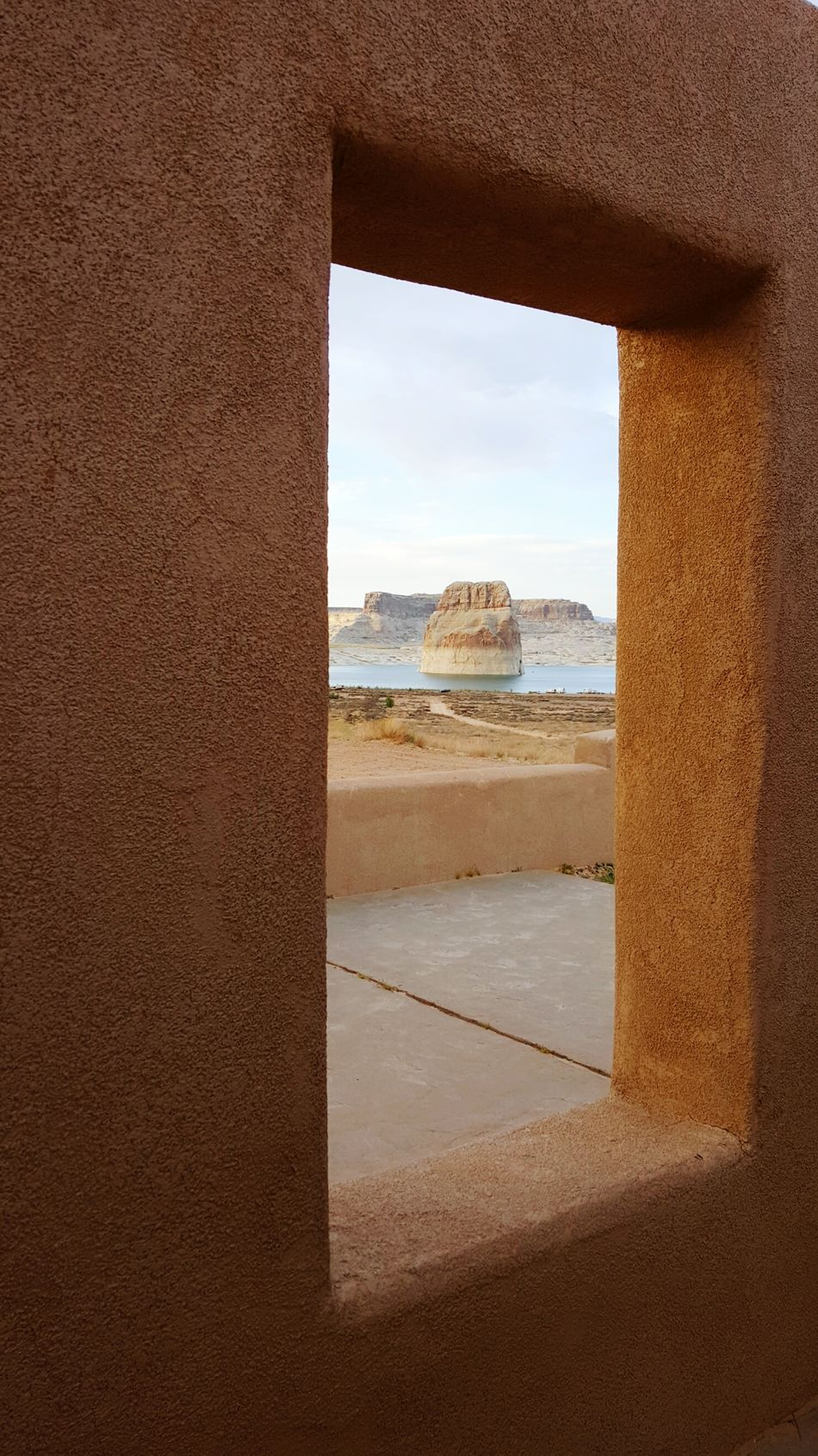 Window Frame Lone Rock Desert Lake Arid Landscape American Southwest Utah