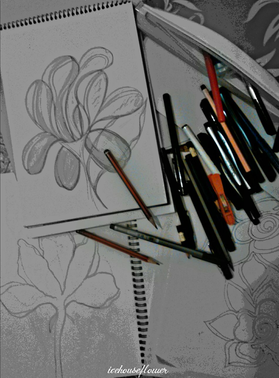 Desks From Above My Work My Design Artphotography Tranquility Relaxation Workfromhomebenefits Taking Photos Pencil Art charcoal #l #art #artist #sketch #ink#pencil #colour #picture Wallart Pencil&paper Charcoal Mixed Media