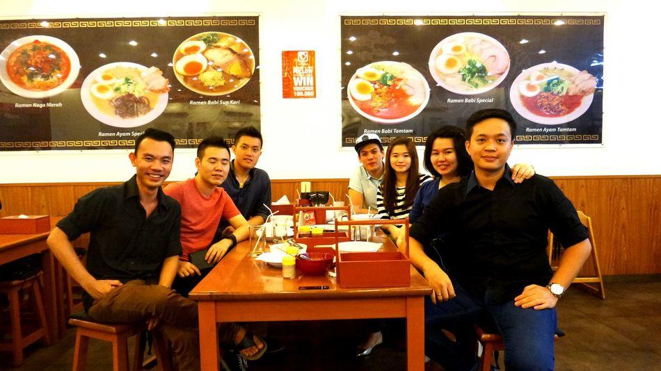 ?..?Dinner?with friends..? Dinner Japanesefood HakataIkkoushaSurabaya Friendship SamsungLens GalaxyKzoom