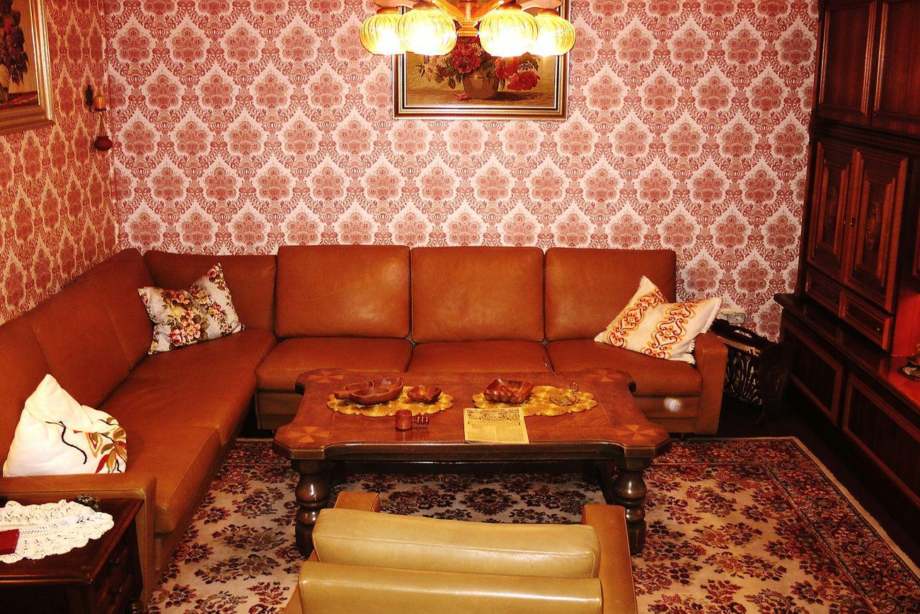 A grandmas-room Indoors  Home Interior Elégance No People Living Room Home Showcase Interior Carpet - Decor Senior Grandma