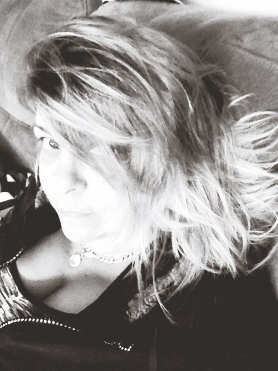 Let Your Hair Down Hidden Secrets SelfieShot Showing Imperfection Photosaremylife Amaturephotographer Pictures Are Reflections To The Soul Crazy Hair , Don't Cur Natural Photography Brown Eyes <3 Smile ✌