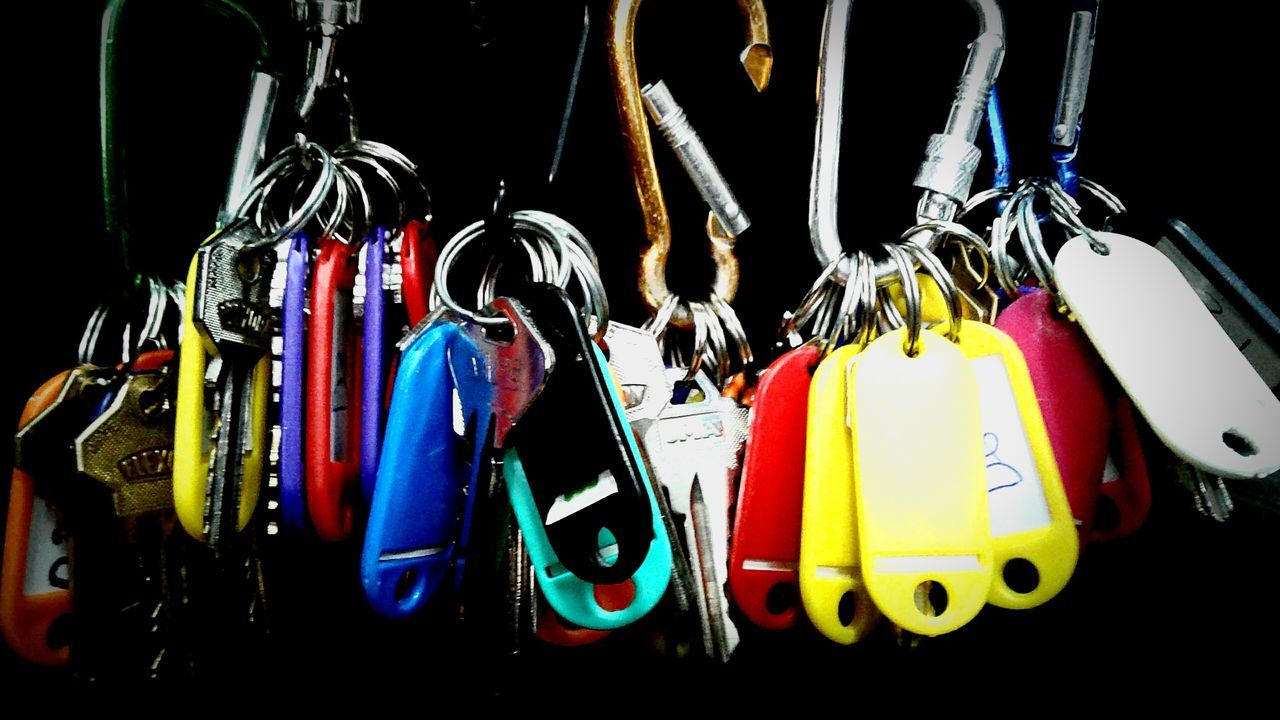 Beautifully Organized Hanging Keys Photography Keys Multi Colored Large Group Of Objects Yesideljach