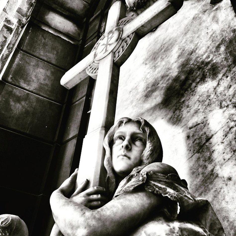 Staglienocemetery Staglieno_cemetery Staglieno Cemetery Grave Tomba @flyaway_always_ Per te!