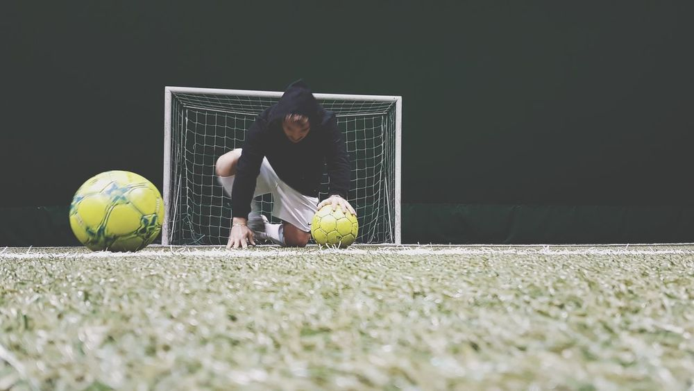 Soccer life Market Black Hoodie Cash Ball Soccer⚽ Soccer Soccer Field Football Football Fever EyeEm Selects