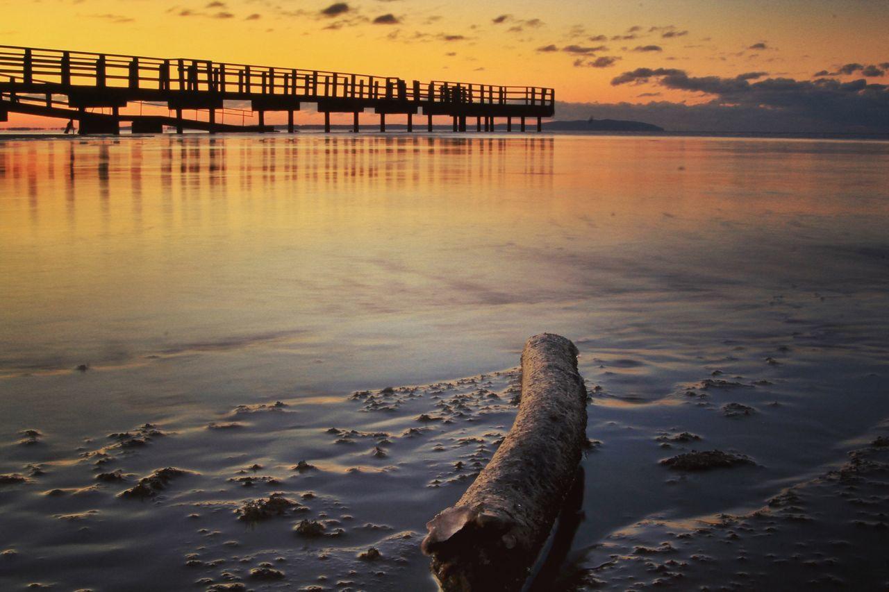 Into the night... Water Sunset EyeEm Best Shots EyeEm Nature Lover Nature Ocean Beach