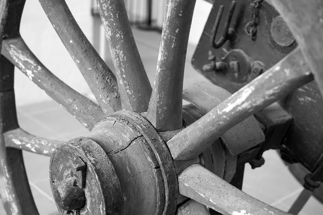 Blackandwhite Check This Out Close-up Day Eye For Details Eye For Photography Eye4photography  EyeEm Best Shots EyeEm Gallery EyeEmBestPics Hello World Invalides  No People Outdoors Paris Pattern Wheel Wheel