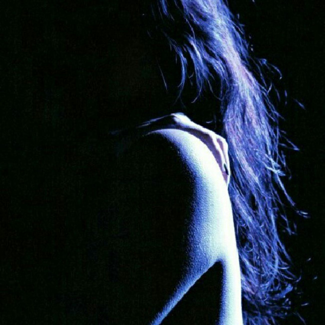 By Phil Wever Splitlighting Photographyoftheday Photography Bluelighting silhouette