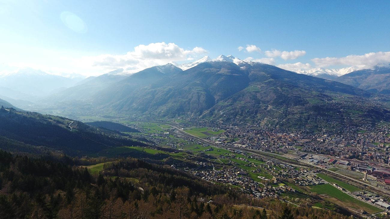 Contemplantig beautiful. Landscape Nature Mountain Outdoors Beauty In Nature AlpsMountain Mountains And Valleys Sunbeam Into The Wild Dronephotography Drone View Nature