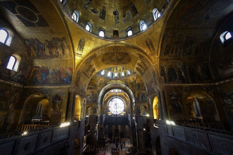 Chiesa de San Marcos sky 2 Architecture Byzantinic Day Dogenpalast Fresco Golden Sky Indoors  Low Angle View Mosaic No People Place Of Worship Religion Spirituality