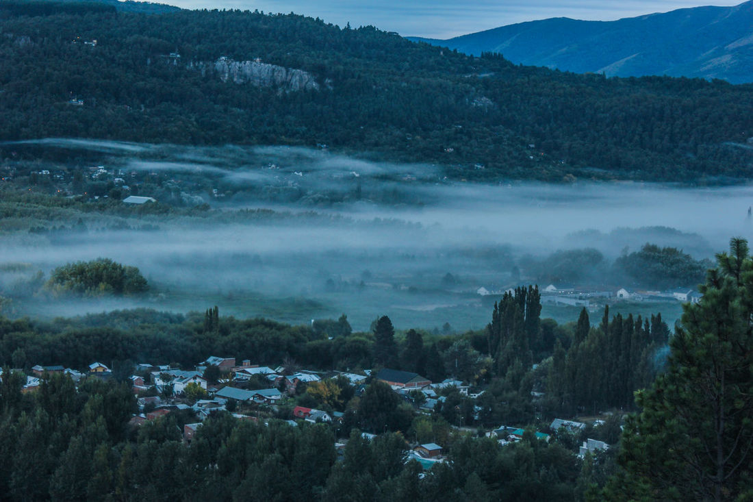 Amaneceres Beauty In Nature Day EyEm New Here Fog Foggy Morning Landscape Mountain Nature Niebla Matinal No People Outdoors Scenics Sky Tranquil Scene Tranquility Tree Water