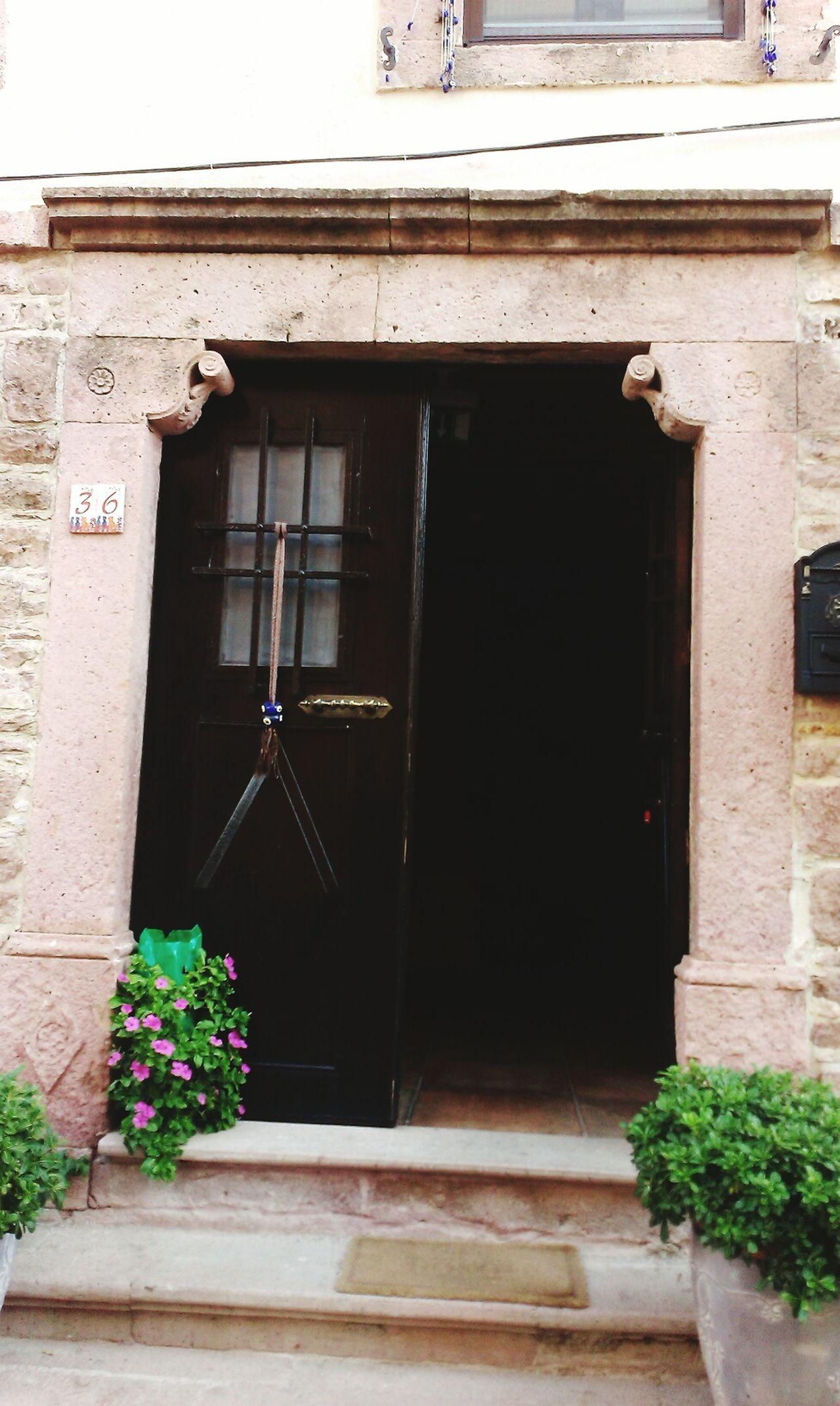 Turkey Balikesir Cunda Island Old Old House Door Flowers_collection Hanging Out Enjoying Life Ayvalik 🐚🐳🐬🏊 Pretty♡