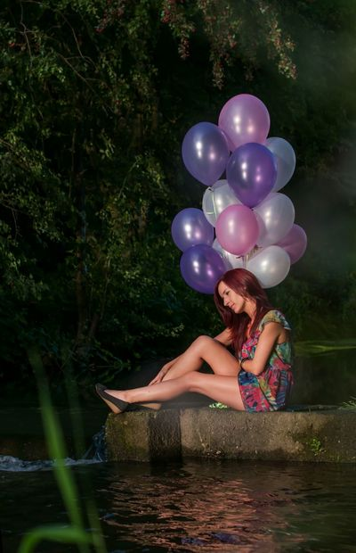 Water Tree Lake Fun Summer Portrait Photography Woman Portrait Nature Shooting Portrait Of A Woman Woman Balloons Beauty Balloon Beutiful Women Person