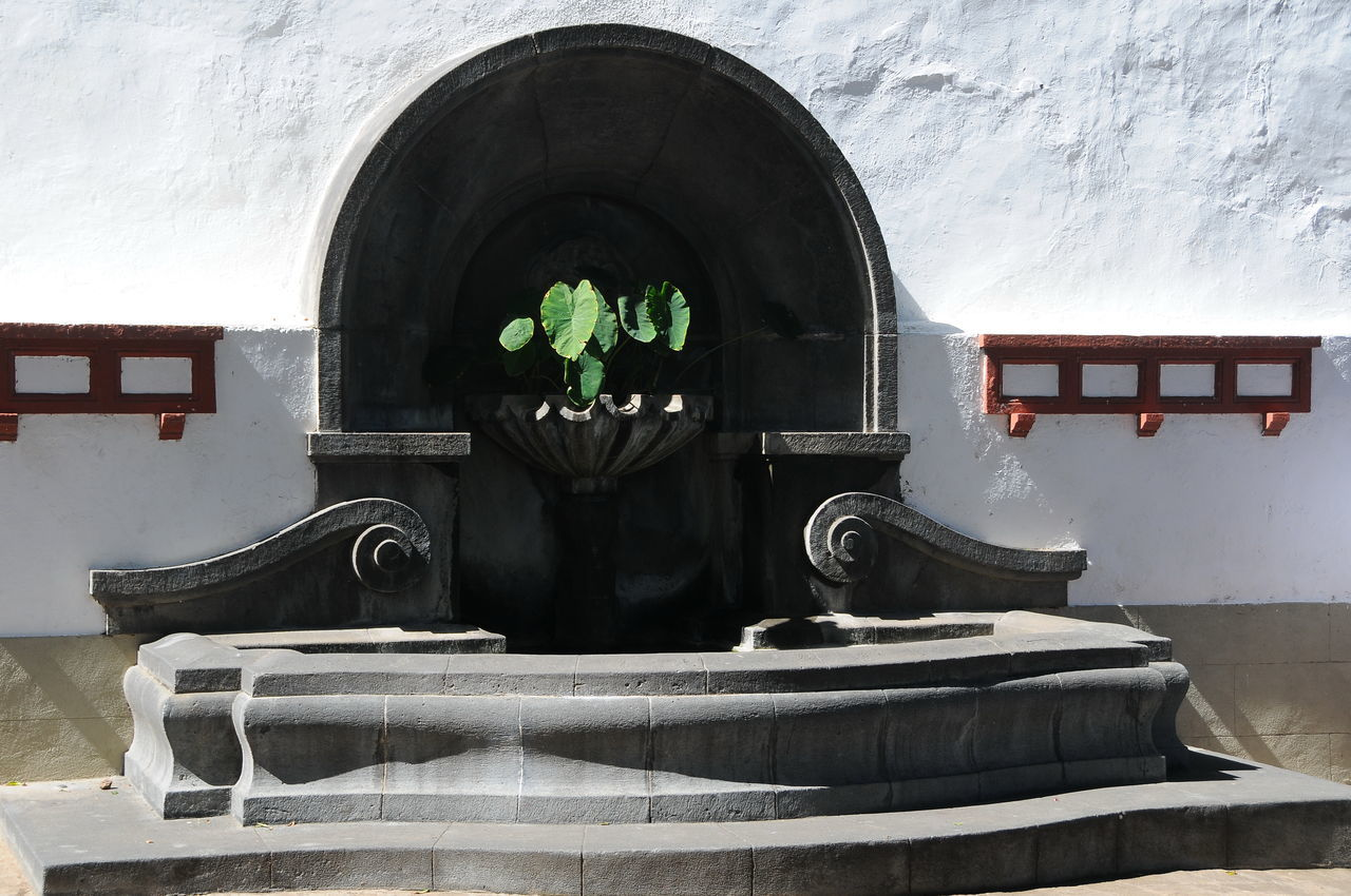 Fountain Architecture Day Fountain Icod Icod, Spain Indoors  No People Old-fashioned