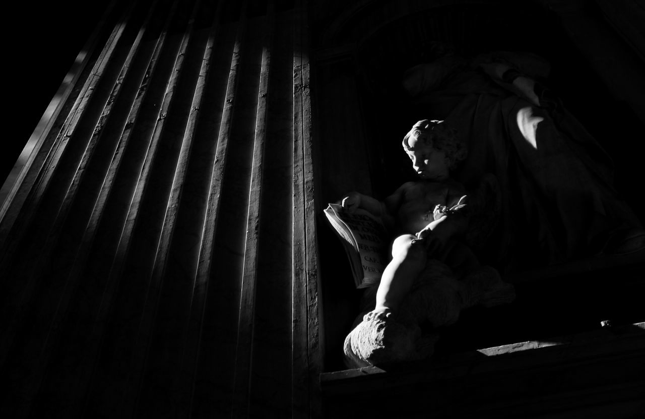 Statue Blackandwhite Angel Enjoying Life Rome Italy Rome Check This Out Lux