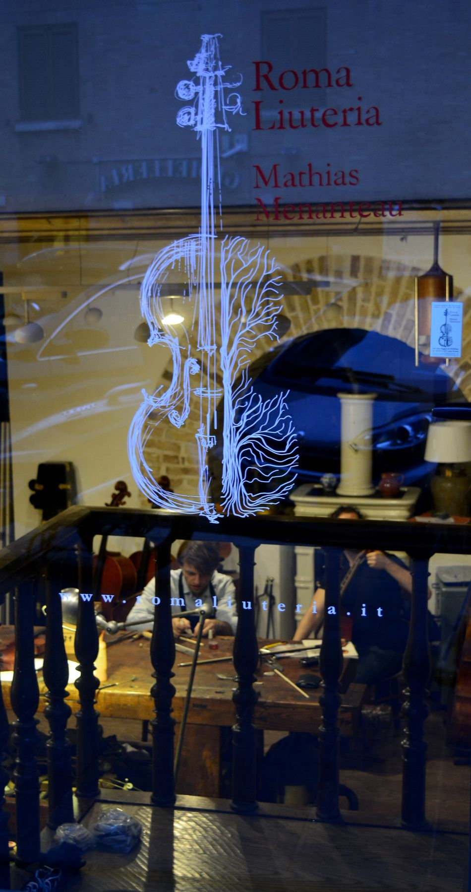 Italy Jobs Music Night Rome Streetphotography Violin Window Work