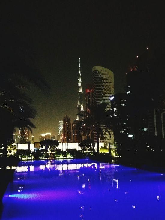 Escaping From The Heat Dubailove Dubai❤ Eye Em Best Shots Walking Around Fly Away Hoteliers