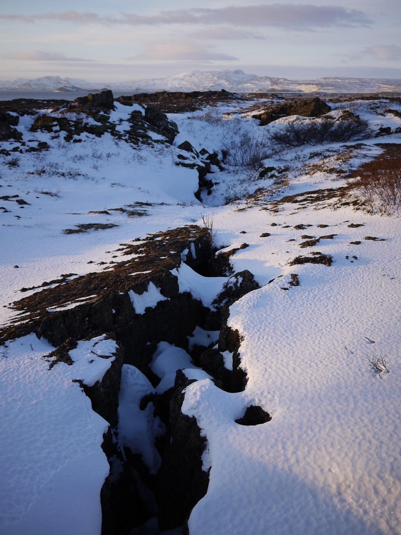 2010 Cold Temperature Frozen Ice Island Lake Landscape Nature Outdoors Sky Snow Thingvellir Thingvellir National Park Water Winter World Heritage þingvellir Þingvellir National Park シンクヴェトリル 世界遺産 地球の割れ目 雪 ぎゃう