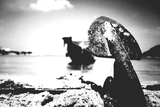 Anchor me. Follow me @natsumilove on Instagram Photography Epic Thailand Koh Samui Island Islandlife Photo Photooftheday Bnw_friday_eyeemchallenge Bnw_captures Bnw_life Bnwphotography Bnw_friday_challenge Bnw_island