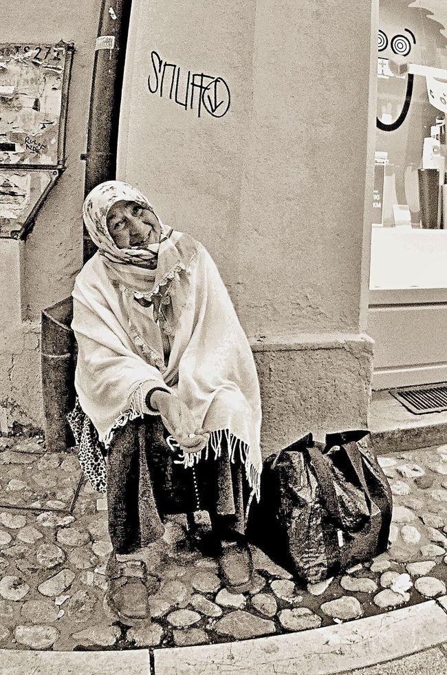 Sarajevo beggar Streetphotography Eye4photography  Eye4black&white  Streetphoto_bw