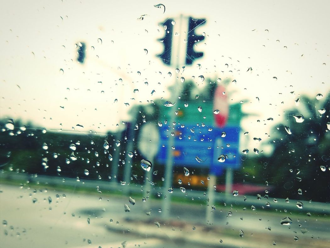 Raining Day Raining Outside Traffic Light  Cloudy Weather⛅☁ Inside The Car Road Signs