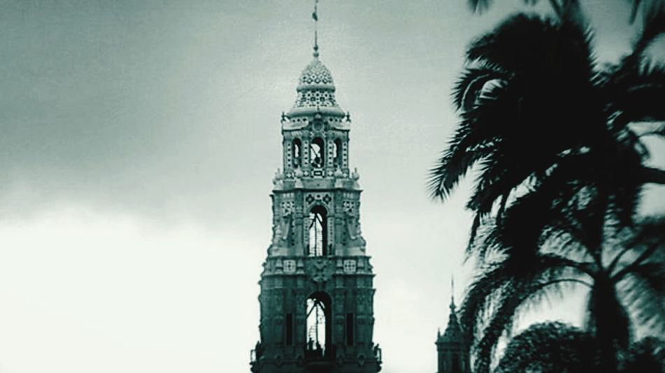 the bell tower Balboa Park San Diego California Cloudsandsky 10/16 Architecture Yokohama Friendship EyeEm Best Shots - Black + White Monochrome Photography Travel Amazing Popular Check This Out Blackandwhite Travel Destinations The Week Of Eyeem Beautiful Photography Tourism Famous Place History Historic Tranquility Nature