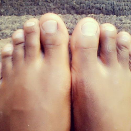 Don't I have cute toes for a guy?? Relaxing Taking Photos Enjoying Life