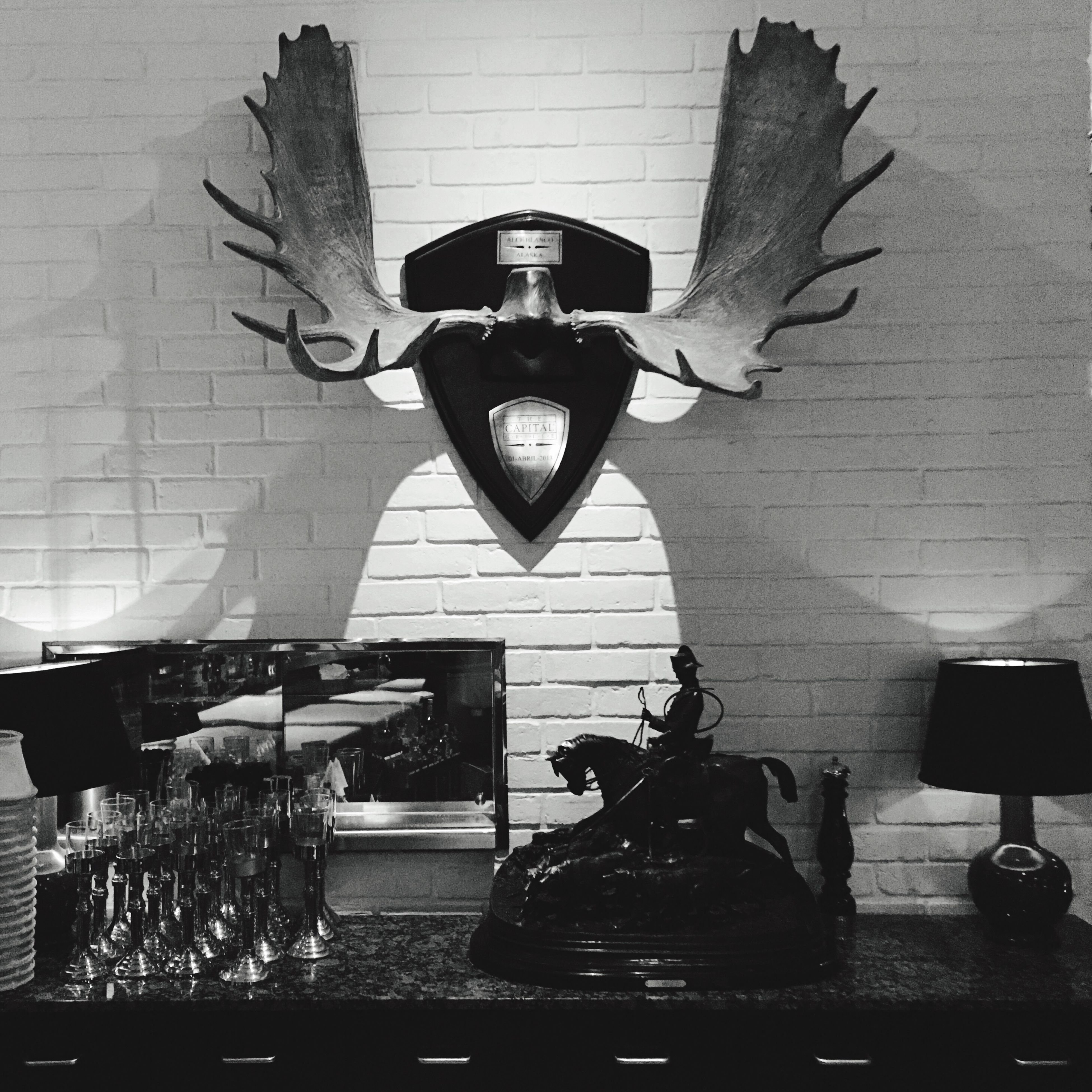 The Capital Light And Shadow Blackandwhite Lamp Design Restaurant