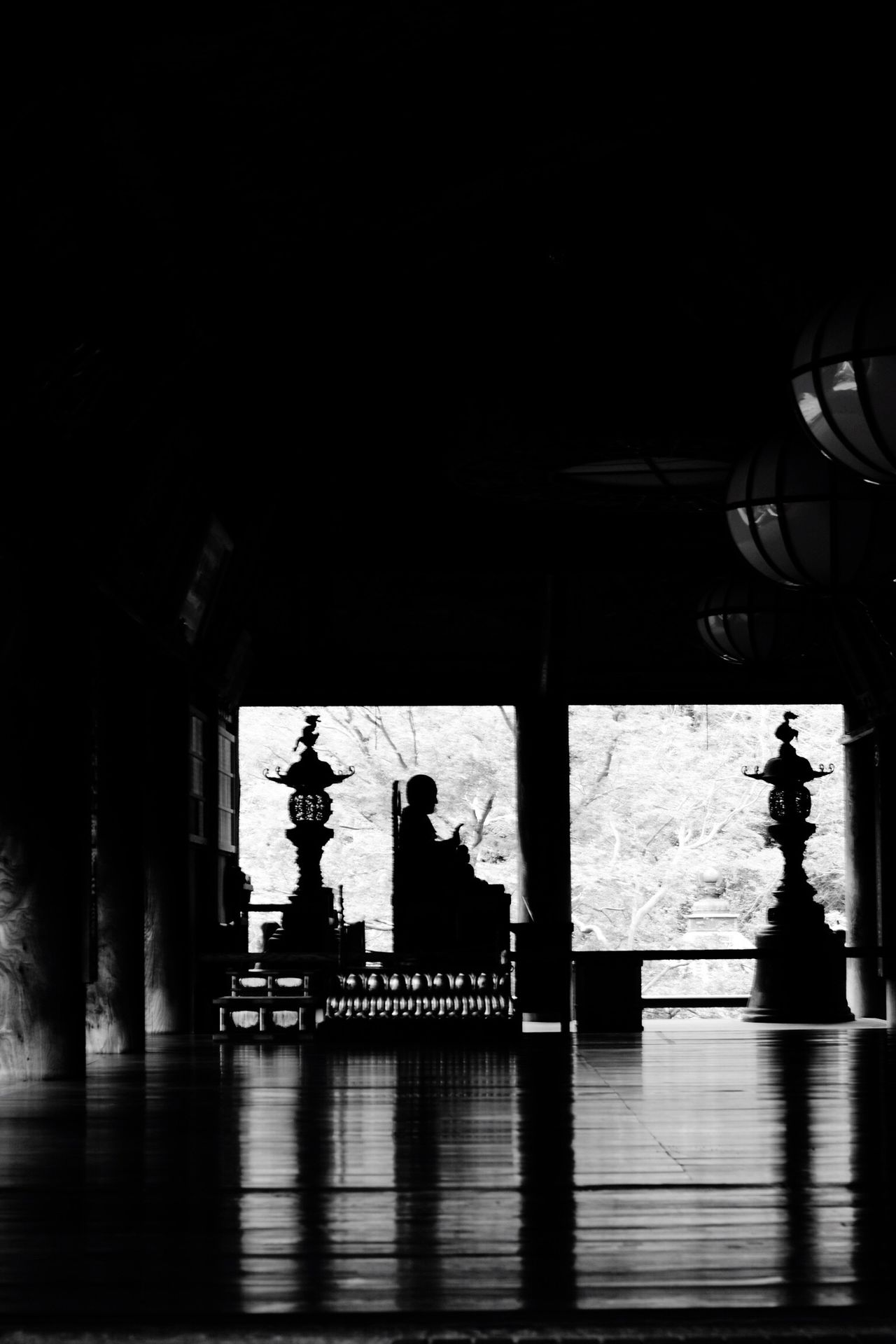 遠いところへ行った友達に Blackandwhite Black And White Hasedera 長谷寺 EyeEm Gallery BW Collection Black & White Monochrome Bw_collection Pentax Pentaxk7 Nara,Japan Carl Zeiss Autumn Planar50/1.4 TENPLES