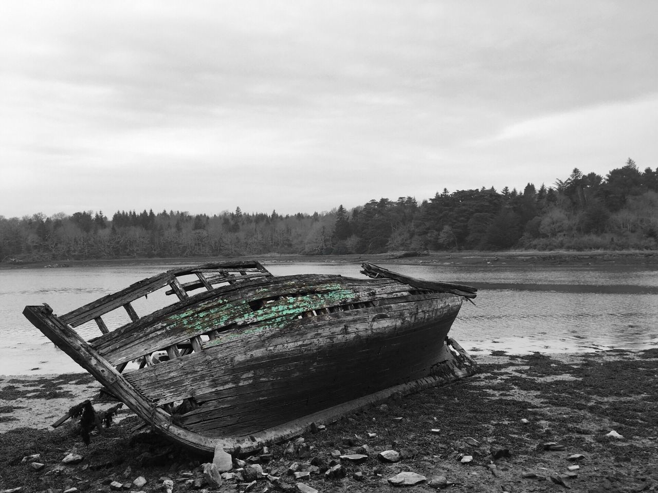 Épave, Bretagne Nautical Vessel Abandoned Boat Wood - Material Bretagne Bretagnetourisme Bateau épave France #Benodet Blackandwhite Blackandwhitephotography