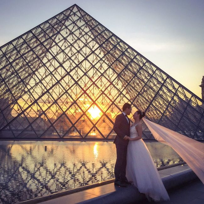 Bonne Soirée! Good Evening! Photooftheday Paris EyeEm Best Shots Parisweloveyou Paris ❤ Wedding Dress Wedding Eyem Best Shot - Architecture Architecture