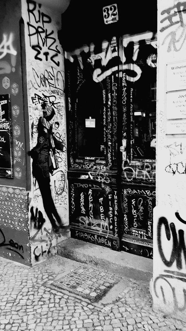 Berlin Kreuzberg Outdoors Street Strret Art Creativity City Life Strret