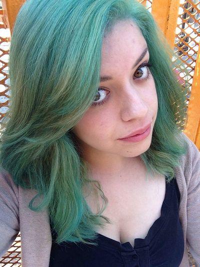 Hair Selfie Green Aqua