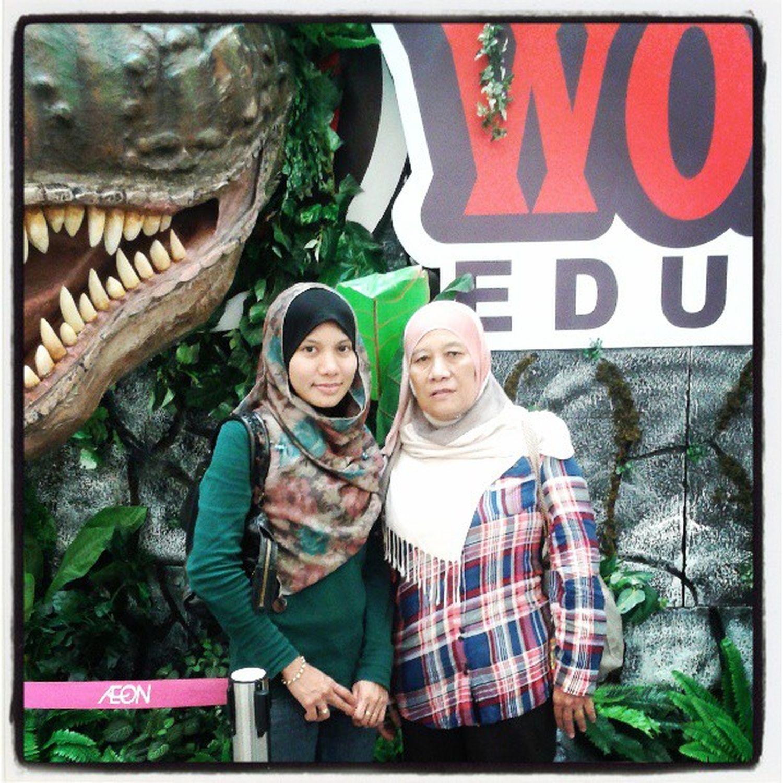 Sisters Mom Dinoworld Edutour discovery aeon plaza bukittinggi jusco instagallery instapic
