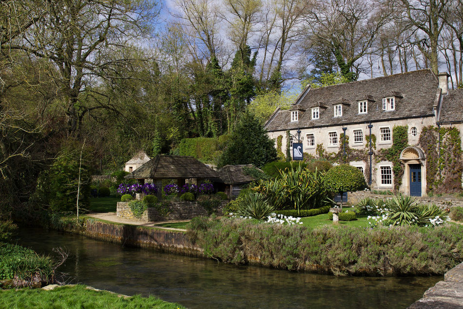 The Swan Hote, l Bibury Architecture Architecture Architecture_collection Bibury Building Building Exterior Buildings Built Structure Cotswold Cotswolds Cotswoldvillages Cottage England Hotel House Nature Outdoors River Scenics The Swan Hotel Tourism Waterfront