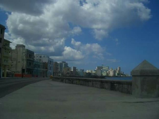 La Habana Cuba El Malecon