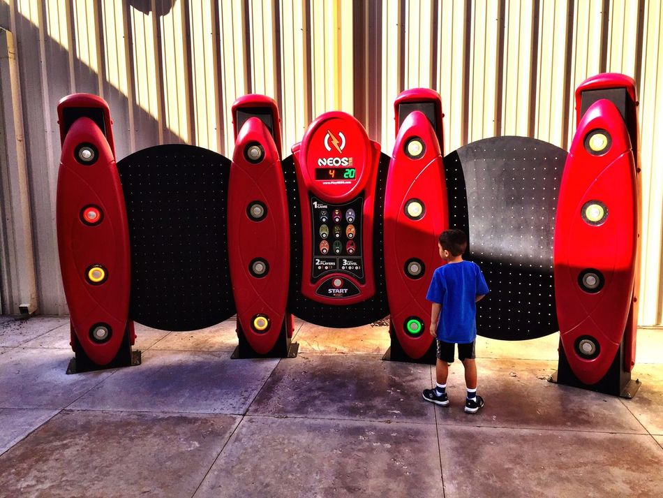 Childhood Let's Play! NEOS Wall Electronic Game Lets Move Gigantic Red