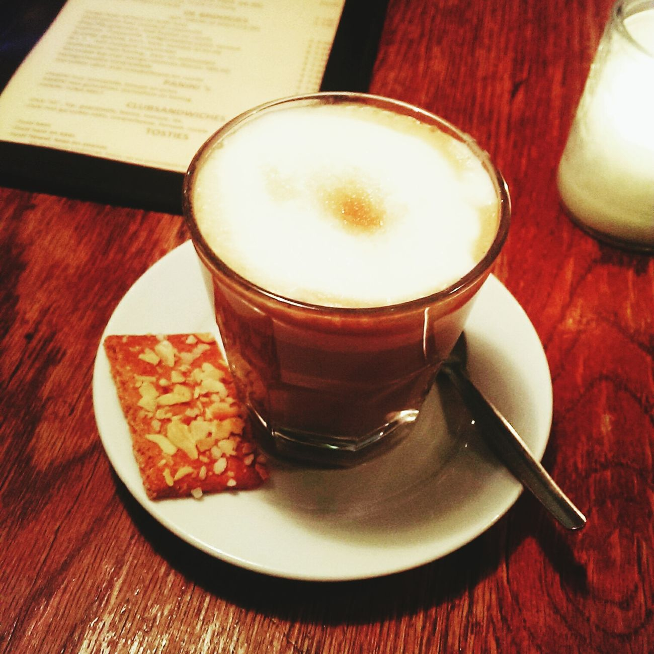 Kaffeepause in Amsterdam 🌷☕ Koffie Koffielatte Amsterdam Amsterdamcity Amsterdam.nl I Love Amsterdam Traveltheworld
