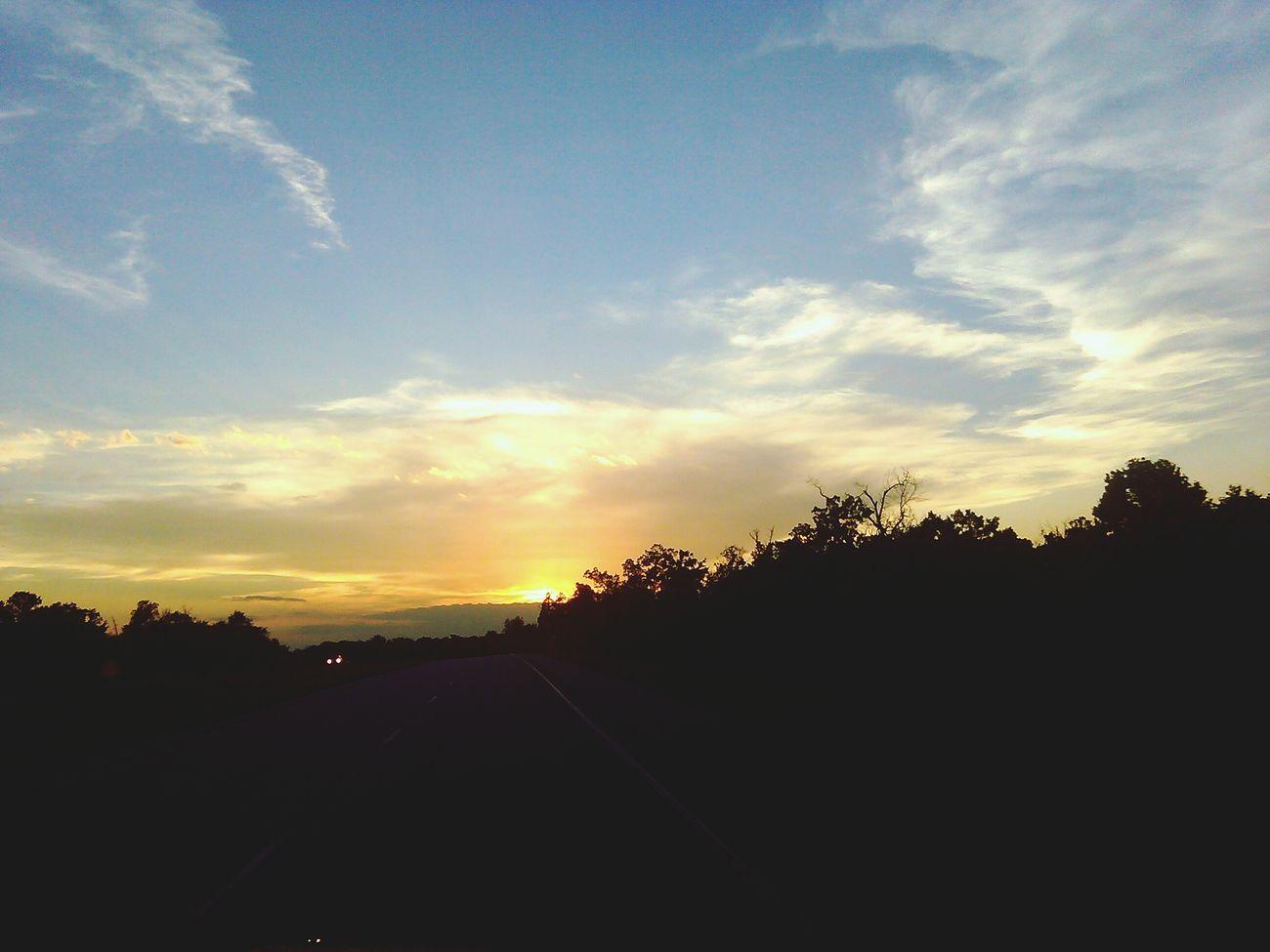 Bentonville, Arkansas Beautiful Arkansas Sunset Silhouettes Sunsetporn Firesky Peace ✌ Naturelovers Beautiful Nature