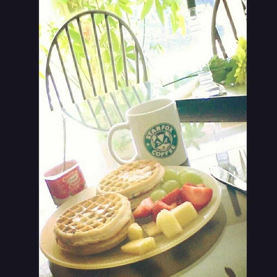 Starfoxmug Eggos fruit and yogurt... Terry decided we needed breakfast twice today!