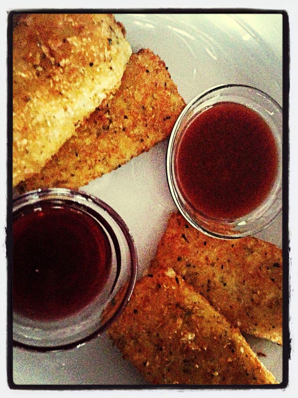 Фрайс чиз обожаю именно с виноградно-вишневым соусом. Ммм... Няма!!! First Eyeem Photo