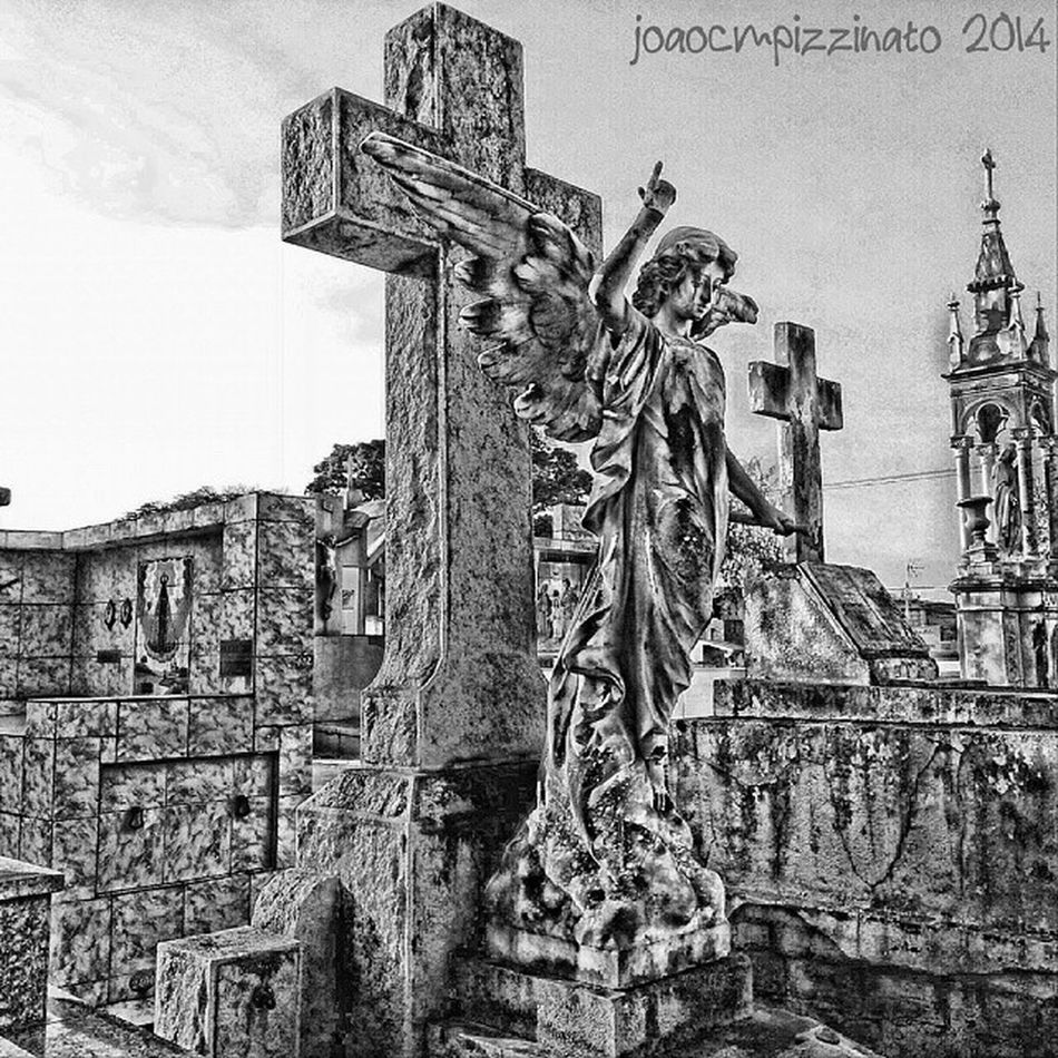 Photo 4/5 Blackandwhite challenge Bnw_challenge Aj_graveyards Graveyard_dead taphophiles_only I was challenged by @b_baphomet. Today I invite @stilivlad to join. cemetery art urban neighborhood city zonasul saopaulo brasil photography tv_churchandgraves graveyard_dead bw_perfect