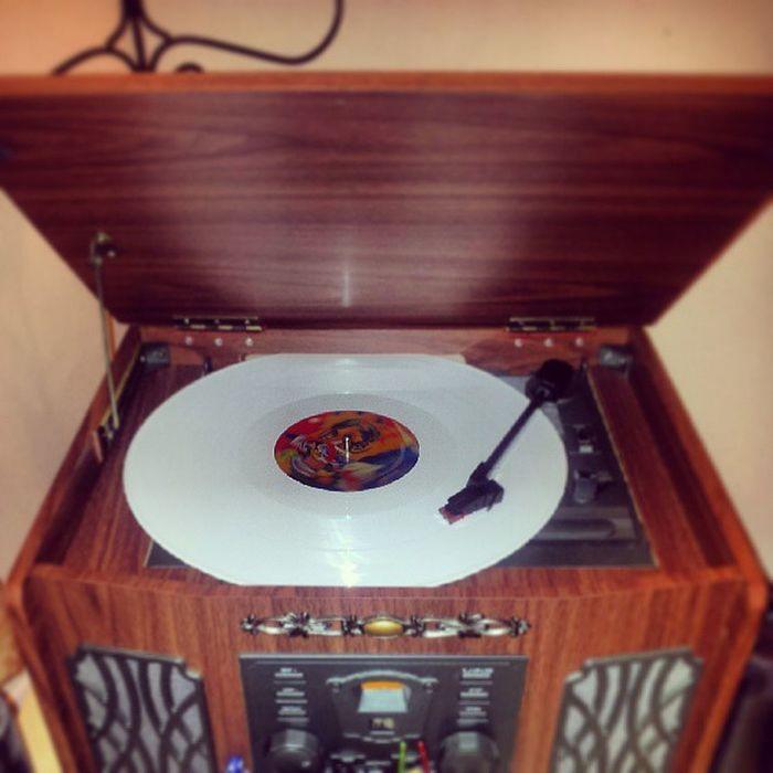 TMV Octahedron Vinyl
