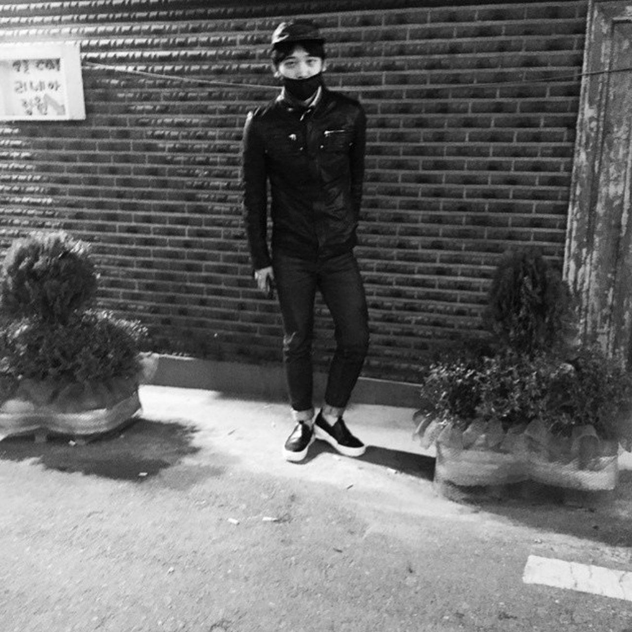 Repost JongJin PHOTO BY YESUNG TheKingOfSelcaAreBack Yesung KIMJONGWOON Lovelyboy