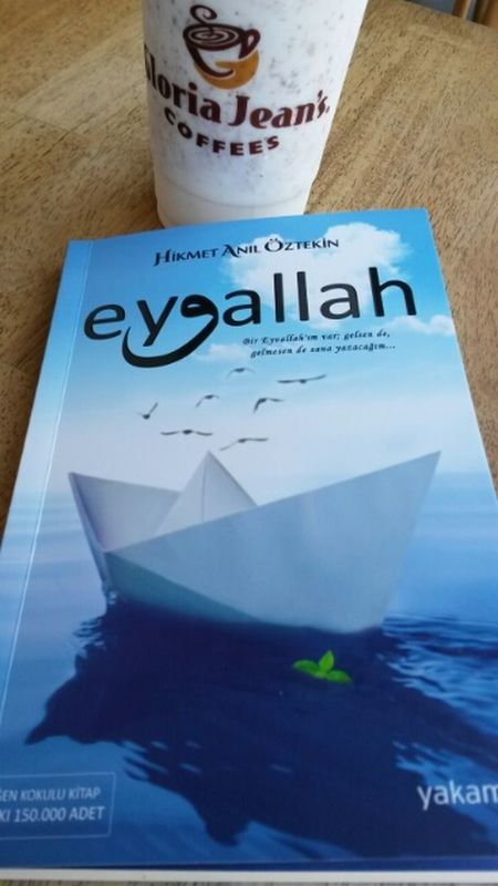 Adam  Olana Bizden Her Zaman Eyvallah tavsiye ederim güzel kitap ;)