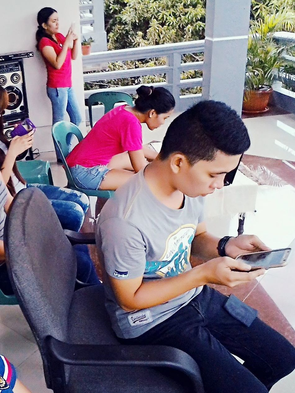 Mobile Conversations Cellphone Users Leisure Activity 😚 Busy People