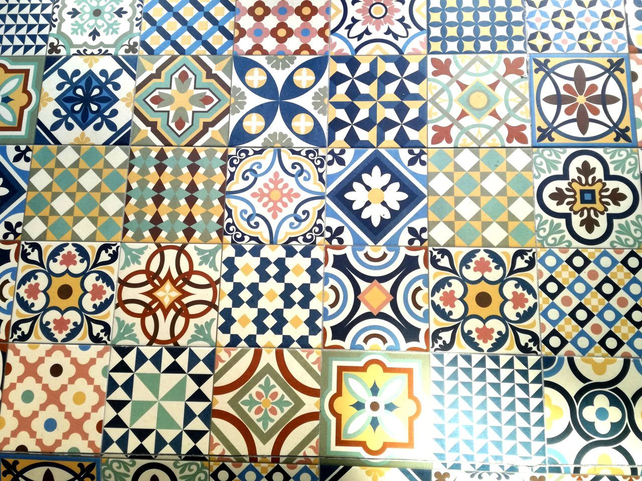Pattern Design Full Frame Art And Craft Mosaic Backgrounds Seamless Pattern Tile Indoors  Multi Colored No People Close-up Day Azuleijos Azulejosportugueses Azulejos Porto Portugal Azules Portugal_em_fotos Portugal Is Beautiful