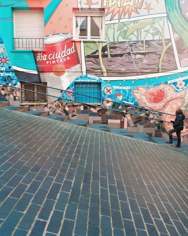 Vitoria Gasteiz BasqueCountry Streetart Streetphotography Streetgraffiti Facades Facadelovers Graffiti