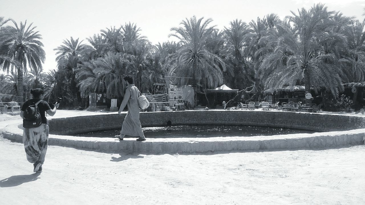 Check This Out Walking Around People Doing Stuff Filming Black And White Photography B&w Fortheloveofblackandwhite B&W Collection EyeEm Best Shots - Black + White Desert Town Tranquil Scene EyeEm Black&white! Black And White Collection  People In Black And White