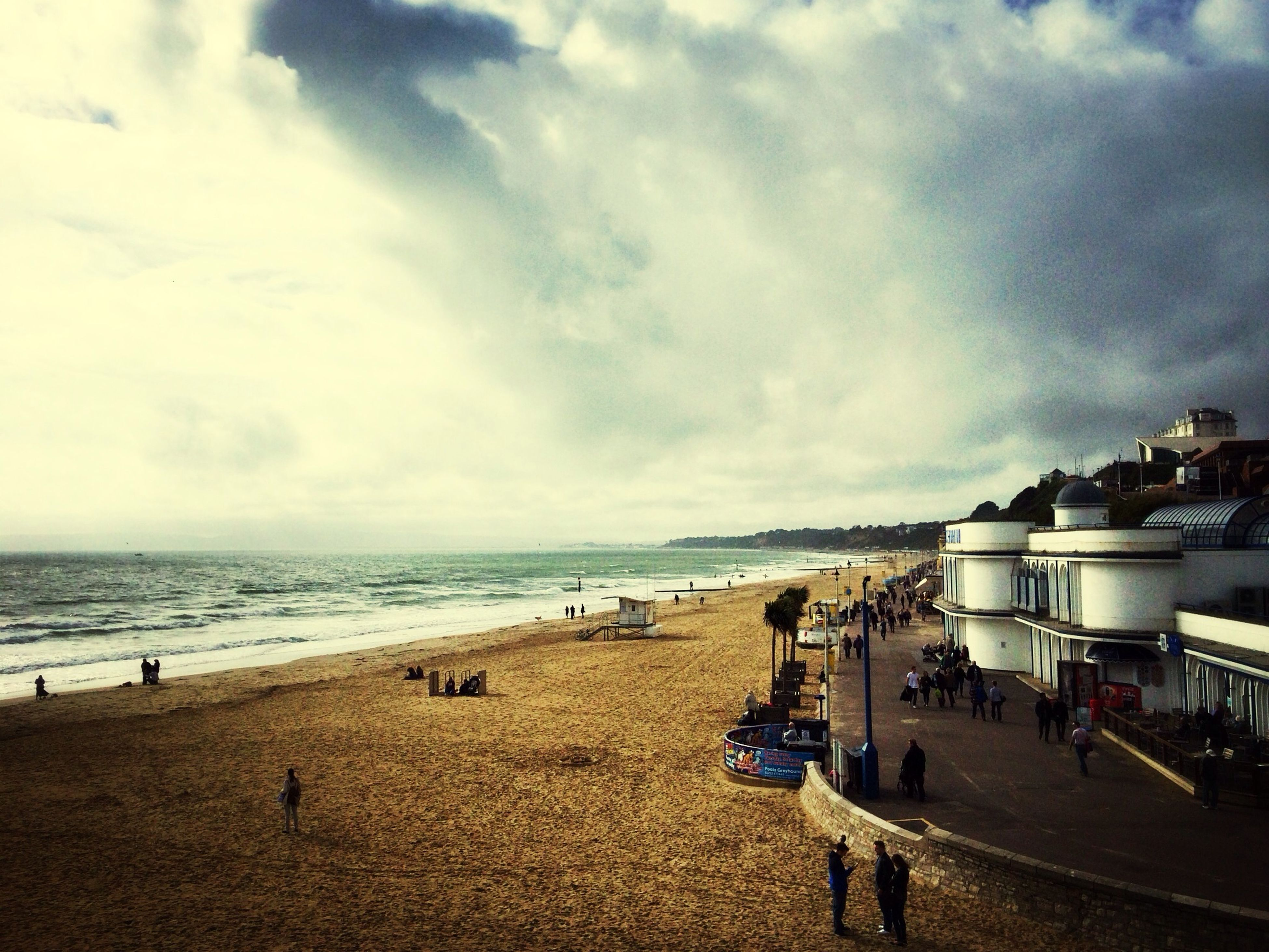 sea, beach, horizon over water, sky, shore, water, sand, cloud - sky, cloudy, scenics, cloud, tranquil scene, vacations, nature, beauty in nature, tranquility, coastline, day, incidental people