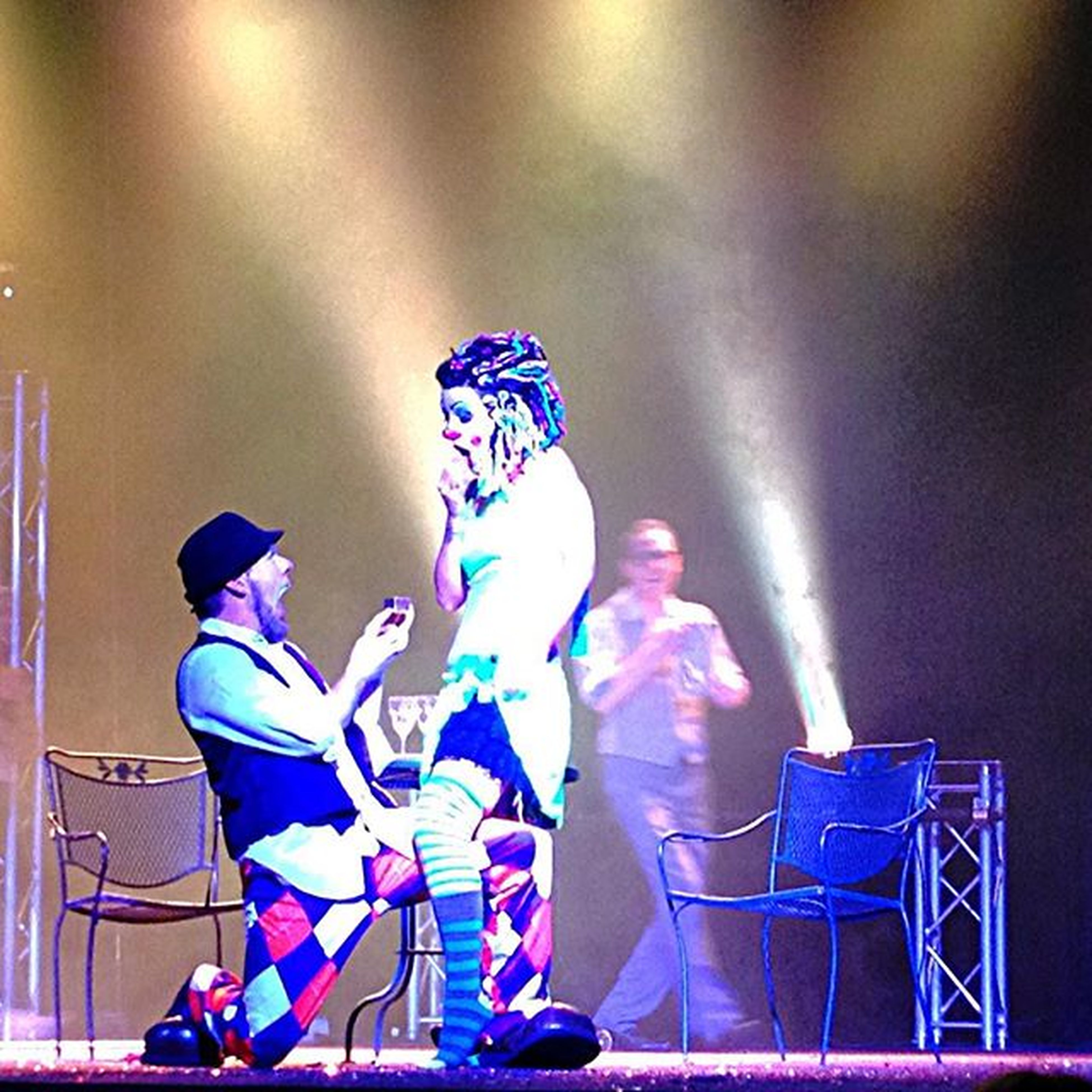 And the show ended with best surprise question popping ever! Engagement Clowns Clownlove Burlesque Carnivalesque Temple Knoxville Club Performance Popthequestion Propose Carneebiscuitt Candisour congrats to Chris and Michael! (Pronounced Michelle)